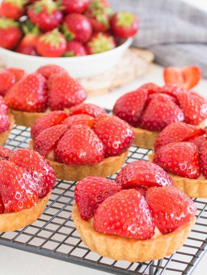 Swedish Strawberry & Elderflower Tartlets mpic